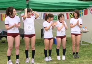 人気女優5人が出会って即ハメや罰ゲーム乱交しまくる温泉旅行!