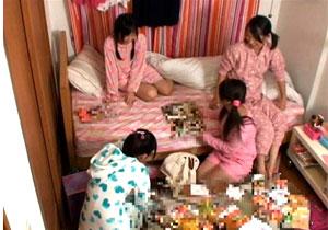 お泊り会で家に集まった妹の友達たちと順番にハメまくりSEX!