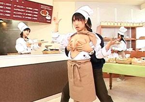 (えろムービー) 時間を止めてパン屋さんの女子店員にドすけべなオシオキ☆