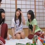 【エロ動画】 修学旅行で女子グループと王様ゲームする神イベント発生!!