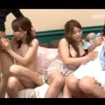 【エロ動画】 AV女優にナンパされて友達の前でエッチすることになった素人娘!