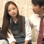 【エロ動画】 パシリの僕がイケメン男の彼女と一緒にAV鑑賞したらヤらせてもらえた!