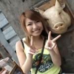 【エロ動画】 美巨乳メグちゃんと沖縄旅行中に全裸で青姦ファック!