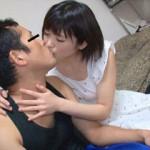 【エロ動画】 井川鈴乃ちゃんを素人男性宅に派遣する「お貸しします」AV!