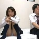 【エロ動画】 女にモテない僕が同級生とAV鑑賞することになったらヤれた!