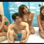 東京のお姉さんに田舎からきた修学旅行生の童貞を食われちゃう逆ナンパ動画!