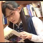 図書室で調べものに夢中になってる真面目な子を集団で襲い掛かって媚薬で強制失禁輪姦!