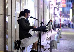 福岡の路上ライブやってるシンガーをスカウトしたらナカ出しまでOKでAV新人☆