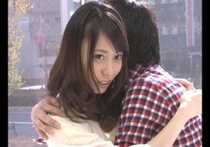 彼持ち女子大学生、20萬円欲しさに男親友に抱かれる☆