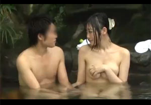 初対面の男女がいきなり混浴させられたらセックスしちゃうのか☆?仕掛け人カップル付きで実験☆