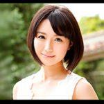 業界2社が争奪戦のすえに両方に専属することで決着した夏川あかりがAVデビュー!