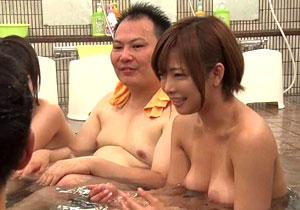 紗倉まな率いる人気女優軍団が結婚できない素人男性にセックステクを指南!