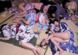 夏祭りで泥酔した姉ちゃんの友達たちとヤリまくれた夏の夜!