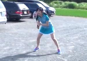楽しく遊ぶバドミントン女子をローターや浣腸でイジメる、前後半で差がありすぎる調教ファック!